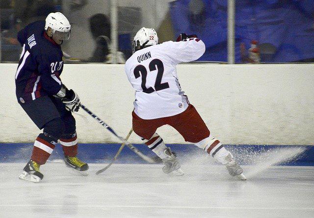 hockey breaking
