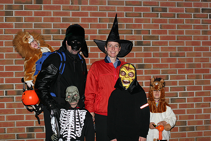 Haloween family